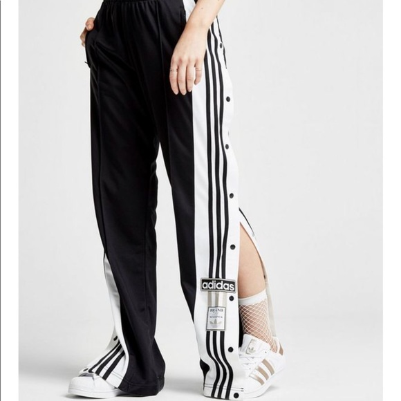 Adidas pantalones adibreaker Popper pista poshmark